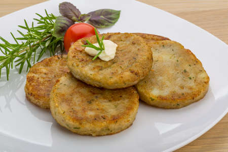 hash: Hash brown with cream and herbs