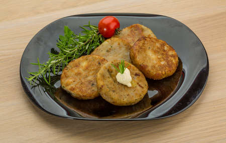 hashbrown: Hash brown with cream and herbs