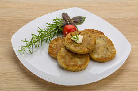high angles: Hash brown with cream and herbs