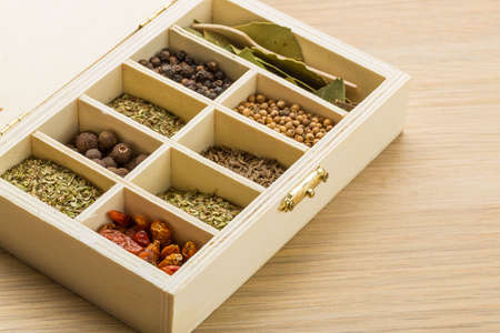 indian mustard: Dry spyces mix in wood box