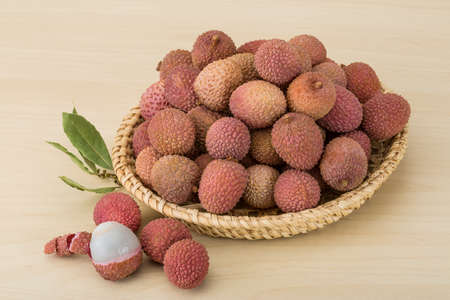 litschi: Famous Tropical fruit - lychee - fresh and sweet