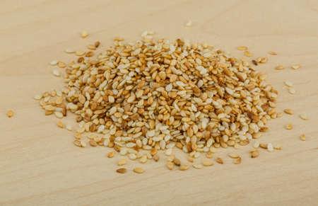 roasted sesame: Roasted sesame seeds on the wood