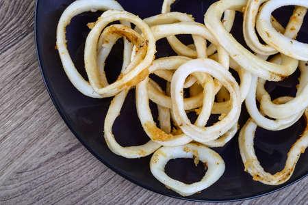 calamares: Calamares fritos con limón, hierbas y especias