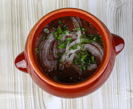 georgian: Georgian cuisine - Lobio with onion rings and fresh herbs