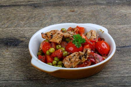 stir fry: Stir fry turkey with vegetables and parsley
