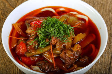 uzbek: Uzbek noodle soup with lamb and tomato