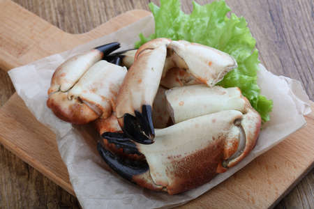 manjar: Fresh seafood - Crad claws with delicacy meat Foto de archivo