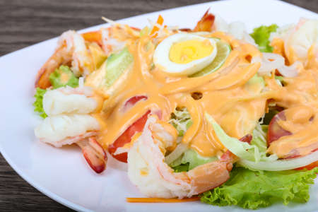 shrimp cocktail: Shrimp cocktail with 1000 islands sauce and lime Stock Photo