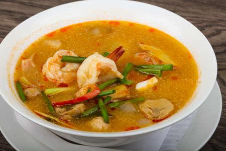tom': Tom Yam soup - Thai cuisine with shrimps