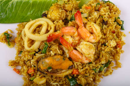 mussel: Fried rice with seafood - shrimp, mussel, squid