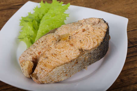 Steamed salmon with thyme
