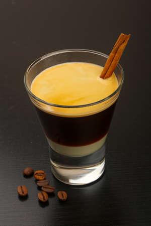 cafe bombon: Café expreso con leche condensada