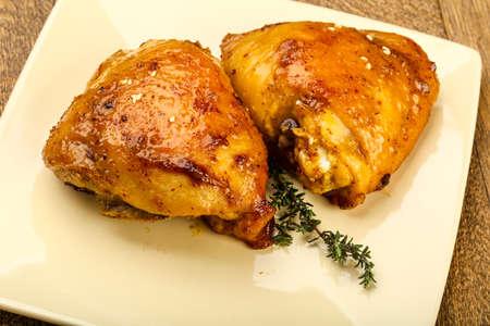 Cosce di pollo arrosto con spezie e salsa di soia