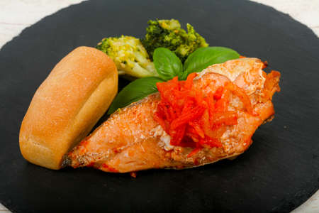 Baked Salmon with carrots