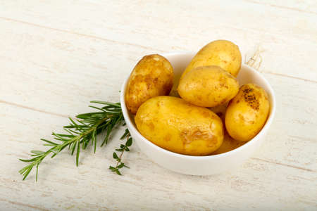 Raw young potato with herbs