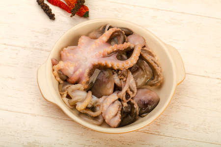 Raw octopus ready for cooking 스톡 콘텐츠