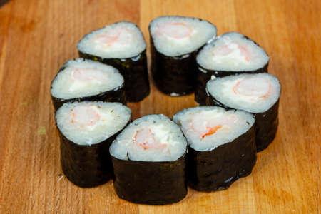 Prawn maki roll - Ebi with nori 版權商用圖片