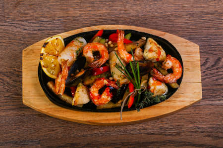 Seafood pan mix with shrimp, mussels, fish and squid