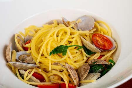 Pasta spaghetti Vongole with mollusk