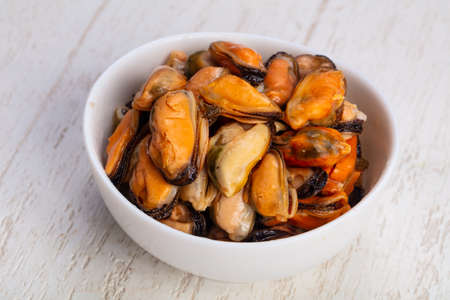 Tasty bowl of salty sea clams