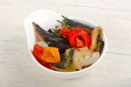 Steamed vegetables - eggplant, tomato, pepper and zucchini 免版税图像