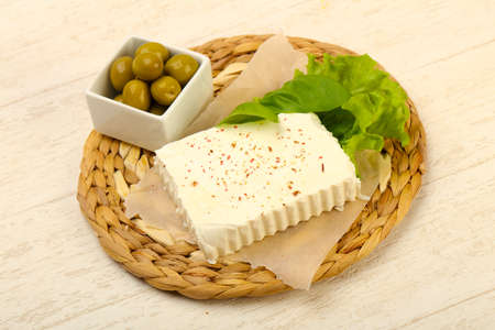 Feta cheese with olives Imagens