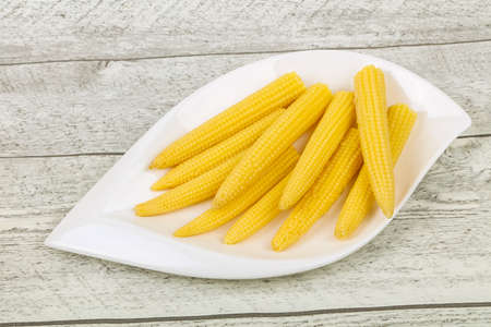 Pickled baby corn in the bowl Banco de Imagens