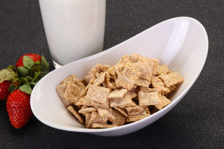 Wheat flakes for breakfast with milk and strawberry 스톡 콘텐츠