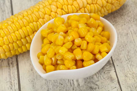 Sweet Young corn seeds in the bowl
