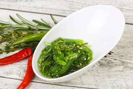 Seaweed salad Chuka with sesame seeds Zdjęcie Seryjne
