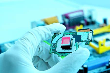 componentes: La tecnolog�a de cuarzo de alta del chip. Imagen en colores azul beauty Foto de archivo