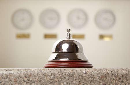 Dienst bel in het hotel