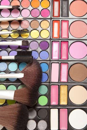 eyemakeup: Makeup brushes and make-up eye shadows
