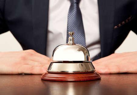 호텔 안내 서비스. 호텔 서비스 벨