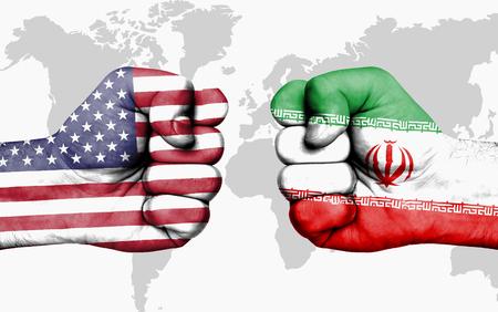 アメリカとイランは、男性の拳 - 間の対立政府の対立の概念