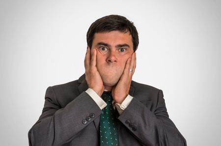 retrato de un hombre sin boca - concepto de la censura