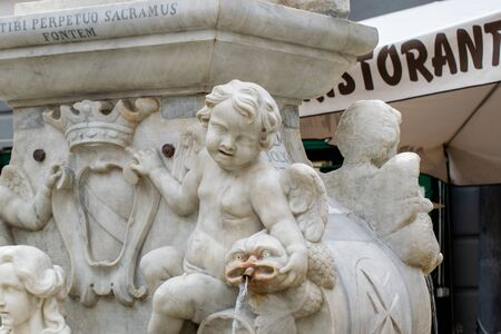Marble Statues part of the St Andrew Fountain, Amalfi Coast, Piazza del Duomo, Italy Banco de Imagens