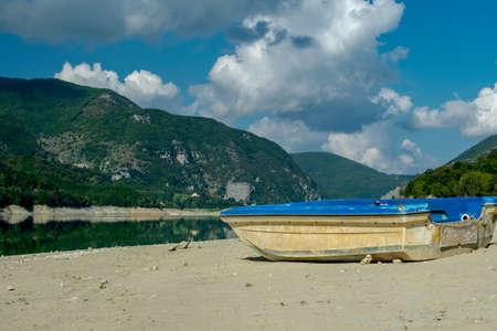 Lago del Salto, Province of Rieti, Italy Foto de archivo - 152800459