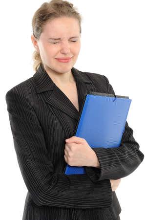 blindly:  Mujeres j�venes ciegas con una carpeta en manos. Aislados en fondo blanco