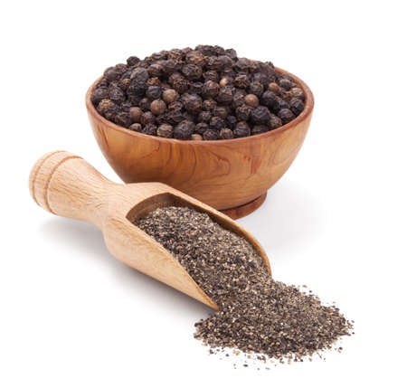 black peppercorn: milled black pepper isolated on white background