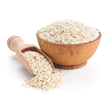 sezam: nasiona sezamu samodzielnie na biały Zdjęcie Seryjne