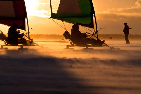 yachtsman: Ice-sailor