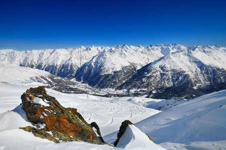 alpes: View on Soelden village in Alps.