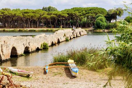 Bridge river boat kayak Sardinia Archivio Fotografico