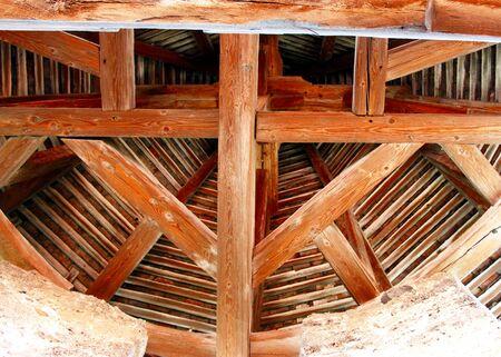 wooden beams: Roof of wooden beams