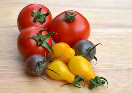 A colorful variety of different tomato varieties