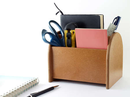desk tidy: desk organizer, device that allows a tidy desk