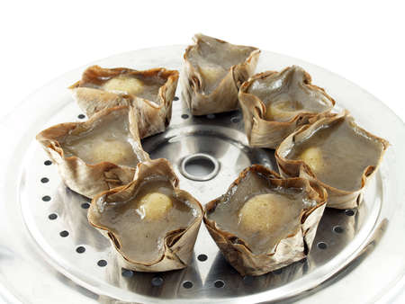 festiva: Chinese pastry Chinese language called nian gao, kind of Chinese sweetmeat steamed in a basket. Often make and given in major Chinese festivals.