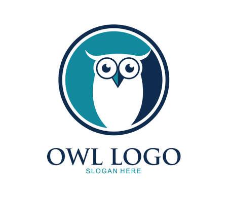 Ilustración de diseño de logotipo de vector de escuela de educación inteligente pájaro búho lindo