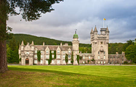Balmoral Castle in Royal Deeside, Aberdeenshire, Scotland. 版權商用圖片